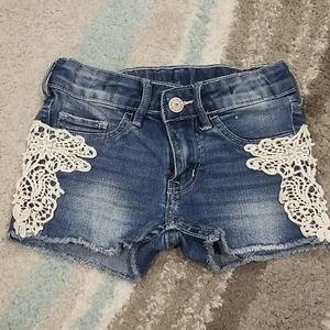 Girls H&M shorts size 4-5Y
